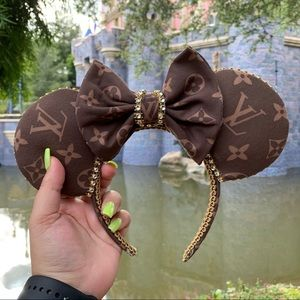 L V Minnie Ears, Disney Ears, Crystal Minnie Ears